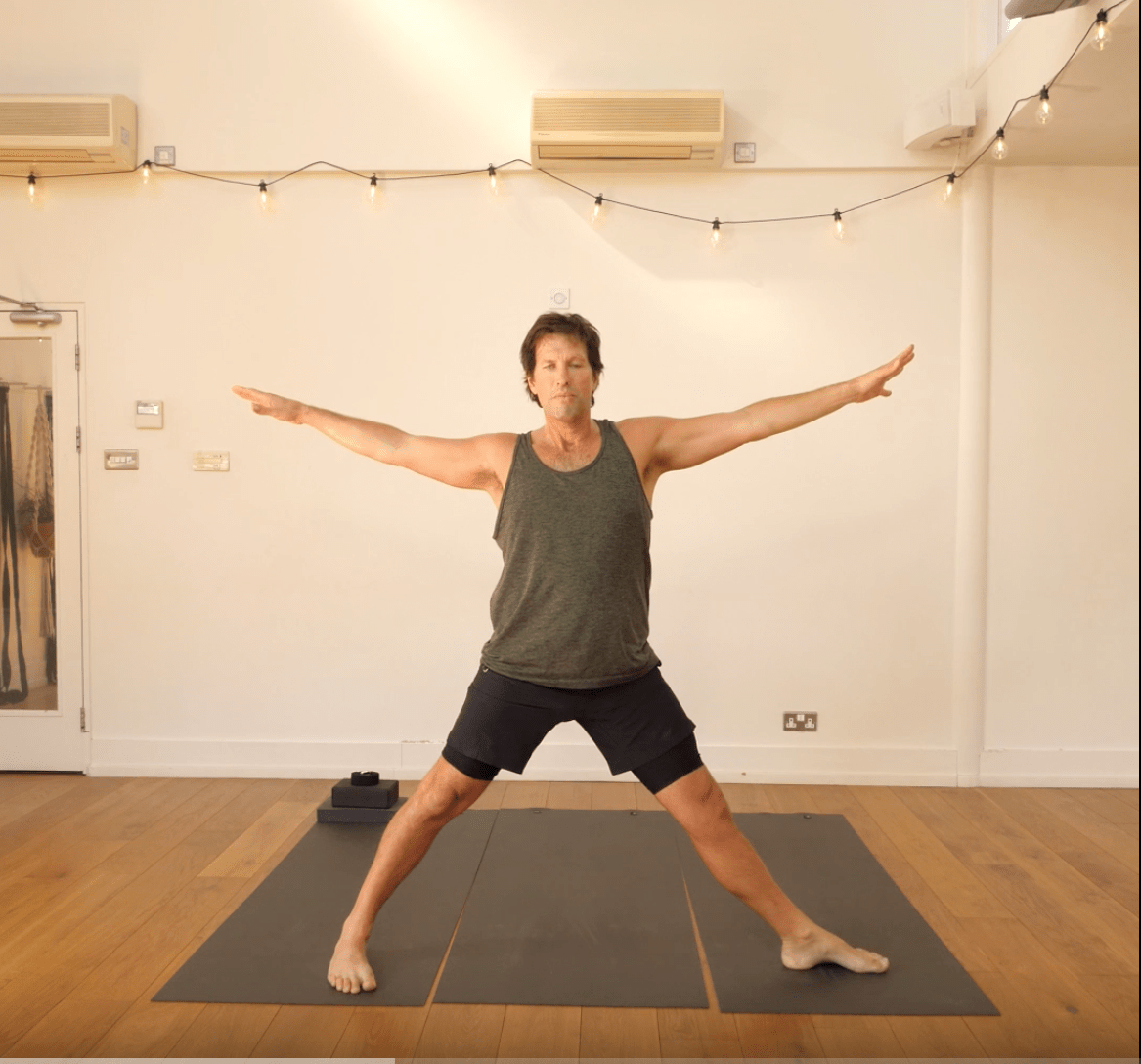 1 minute yoga standing sequence